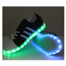 18 of Led Shoes Kids Mix Size ( 18 Pairs )