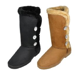 18 of Ladies Tall Winter Boot With Fur And Buttons Design