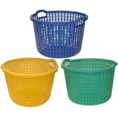 10 of Round Plastic Laundry Basket 21x14in